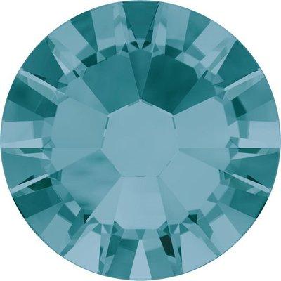 Swarovski Blue Zircon SS09